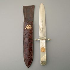 Lot 2128 - Fine Elegant Deluxe Spearpoint Bowie Knife by Wilkinson of London and Sheffield with Gold Mounted