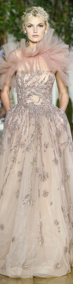Fall 2017 Haute Couture Zuhair Murad - MY BABY SISTER IS ON MY PINTEREST BOARD WHAT IS LIFE
