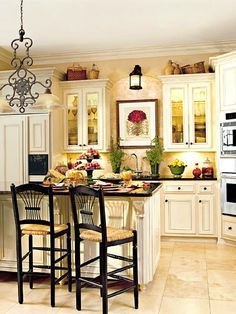 Neat kitchen. Could use less clutter on the shelves and next to the sink, but the layout is nice.