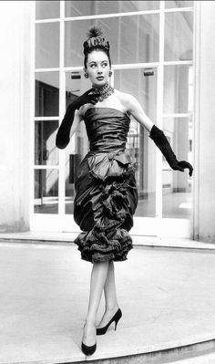 1959Strapless cocktail dress, fringed, draped and gathered by Yves Saint Laurent for Dior,