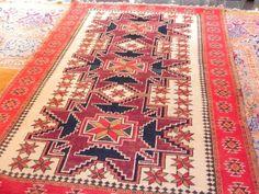 0146. Vintage Tribal Kazak. Size 1.7m x 1.07m