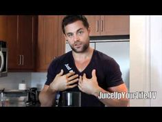 Q TUESDAY – BLENDING GREEN DRINKS VS JUICING VEGETABLES