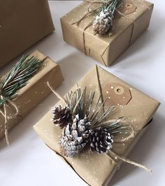 2 Ways to Make Snowy Kraft Gift Wrap #snowy #kraft #paper #giftwrap #gift #bags #diy #easy #simple #pinecone #traditional #handmade #craft #project #tutorial