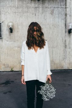 Fine Collection 👌🏻 Photocred: www. White Tops, Classy, Street Style, Objects, Lace, How To Wear, Store, Clothes, Collection