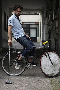 bike polo.