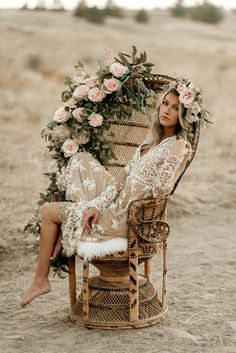 The peacock chair was treated with greenery and soft blush pinks that cascade into an ombre effect. : Tag a friend whose planning a BOHO Wedding or recently engaged Wedding Shoot, Chic Wedding, Dream Wedding, Wedding Dresses, Wedding Rings, Wedding Venues, Wedding Decor, Estilo Hippie Chic, Estilo Boho