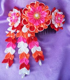 Flower BlossomTsumami Kanzashi Comb by KanzashiAccessories on Etsy