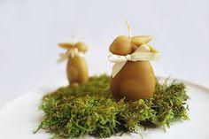 dobryobchod / Včelí kRAJ: Veľkonočná sviečka z včelieho vosku - zajačik Ale, Garlic, Vegetables, Food, Ale Beer, Essen, Vegetable Recipes, Meals, Yemek