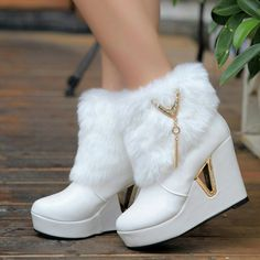 Online Shop 2014 women's winter snow boots fur boots round toe high heels we… Fancy Shoes, Pretty Shoes, Beautiful Shoes, Wedge Heel Boots, Heeled Boots, Platform Ankle Boots, Sneakers Fashion, Fashion Shoes, Kawaii Shoes