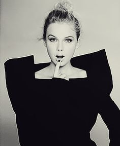 Taylor Swift. black. And. White