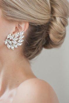 Climbing earrings,Bridal earrings,Crystal Climbing earring,Bridal Ear crawlers,S… - Wedding Jewelry Bridal Accessories, Bridal Jewelry, Gold Jewelry, Baby Jewelry, Dainty Jewelry, Modern Jewelry, Jewellery, Jewelry Accessories, Wedding Jewelry For Bride