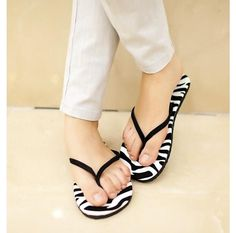 New Arrival women shoes Flip flops Novel Flip Flops Beach Flat Shoes Out Sandals Slipper women Sanzetti Free Shipping s228 note; When selecting the size, please control the size of a table, follow your foot length, select the appropriate US size. Shoes manual measurement, there are errors of about 0.5.