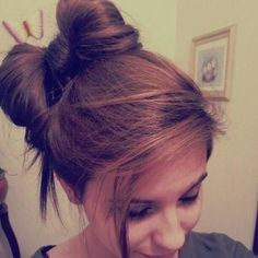 messy side hair bow bun, more of a wearable way! <3