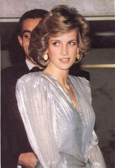 MARCH 26, 1985: PRINCESS DIANA SHIMMERS IN BRUCE OLDFIELD AT HIS LONDON FASHION SOIREE IN AID OF BARNARDO'S