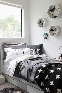 Preciosas habitaciones nórdica para peques de estilo ecléctico y carácter funcional. ¿A qué esperas para renovar la decoración de su cuarto?