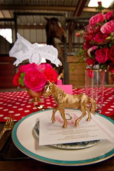 We might be a week past the Kentucky Derby, but this photo shoot captured by Greg Blomberg Photography and designed by Bows and Arrows is just too cute not to share! And I say why not throw a Preakness or Belmont Party instead? Any excuse to host a stylish soriée is a good excuse in…