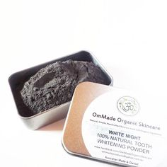 Trying out 100% Natural Tooth Whitening Powder by @ommadeorganicskincare. The main ingredient is Activated Charcoal which is medicinal grade, steam activated and 100% plant based. It works by pulling toxins from the mouth and removing stains due to its highly absorbent properties. The product also contains Sandalwood Powder, Bentonite Clay,  Fuller's Earth Clay, and Essential Oils of Peppermint, Lemon, Cinnamon and Clove. I've used it 2 days in a row so far and it's a totally new sensation…
