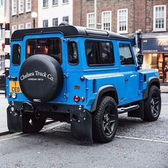 Kahn Design: We just can't get enough of this beautiful 😍 Land Rover Defender Edition by Chelsea . Suv 4x4, Jeep 4x4, Land Rover Defender 110, Defender 90, Landrover Defender, Kahn Design, Dodge, Land Rover Models, Adventure Car