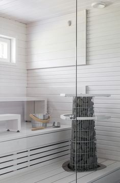 white sauna - lisbet e. Sauna Design, Bath Design, White Bathroom, Bathroom Interior, Finnish Sauna, Steam Sauna, Sauna Room, Spa Rooms, Saunas