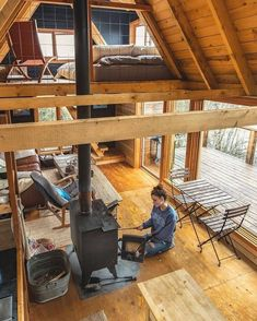 Cabin life in Canada 🇨🇦 Heck yeah. Looks like the perfect Winter escape! … Cabin life in Canada 🇨🇦 Heck yeah. Looks like the perfect Winter escape! Home by RavenHouse Media.getawaycabin Photo by… – Continue Reading → Tiny Cabins, Tiny House Cabin, Tiny House Living, Tiny House Design, Cabin Homes, Tiny Houses, Rustic House Design, Dream Houses, Living Room