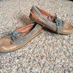 Lucky brand boat shoes Excellent worn condition Lucky Brand Shoes