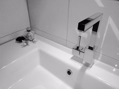 Home - Ben Scharenborg realiseert Wooncomfort Toilet, Sink, Home Decor, Sink Tops, Vessel Sink, Decoration Home, Room Decor, Vanity Basin, Litter Box