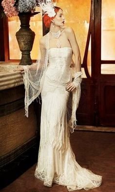 Yolan CrisVintage Revival Gown - Roma