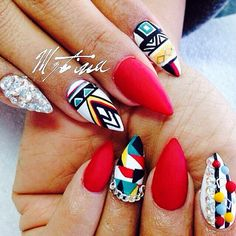 Beautiful stiletto nails :)