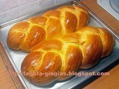Greek Sweets, Greek Desserts, Greek Recipes, Sweets Recipes, Easter Recipes, Cooking Recipes, Tsoureki Recipe, Greek Easter Bread, Easter