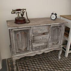 Vintage dřevěná komoda s patinou 93×37×79cm