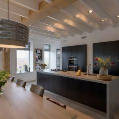 Home Decor Kitchen, New Kitchen, Room Interior, Interior Design Living Room, Home Kitchens, Living Room Designs, Kitchen Dining, Cocinas Kitchen, Best Kitchen Designs