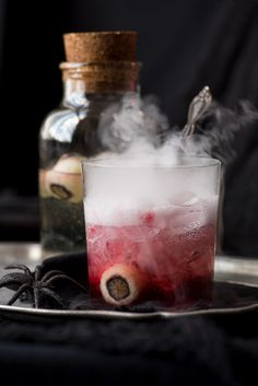Make your Halloween party a chilling success with these BLOODY GOOD GIN AND TONICS.  It's a delectable potion with a killer name! #halloween #ginandtonic #gin #scary #fakeblood