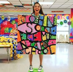 Cassie Stephens: In the Art Room: A Collaborative Painting for Field Day!