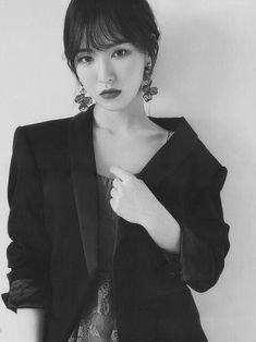 Kpop Girl Groups, Korean Girl Groups, Kpop Girls, Wendy Son, Red Velvet Photoshoot, Wendy Red Velvet, Girl Cakes, Cake Girls, Korean Beauty