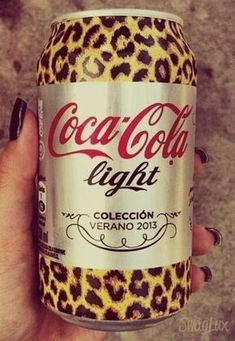 Leopard Print (can) Coca-Cola Light Leopard Fashion, Animal Print Fashion, Fashion Prints, Animal Prints, Fashion Design, Coca Cola Light, Motif Leopard, Dr Pepper Can, Leopard Animal