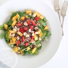 Nourishing bowl - Quinoa, mango and nut salad (vegan, gluten-free)