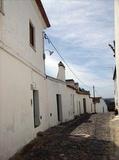 Etnografia em imagens: Chaminés tradicionais portuguesas