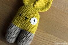 To-benet kanin - hæklet opskrift. gratis