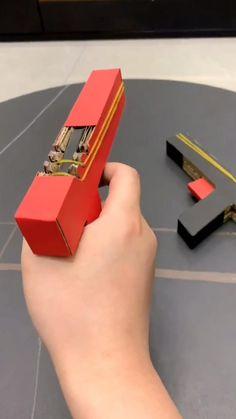 Cool Paper Crafts, Paper Crafts Origami, Cardboard Crafts, Origami Art, Fun Crafts For Kids, Diy For Kids, Diy Crafts Hacks, Diy Home Crafts, Diy Arts And Crafts