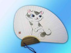 可愛い猫 千鳥杉柄うちわ 中尾道也 Spoon Rest, My Works, Japanese, Tote Bag, Cats, Products, Gatos, Japanese Language, Totes