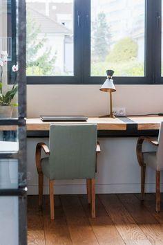 Un bureau pour avoir le nez dehors Decoration, Office Desk, Corner Desk, Furniture, Home Decor, Home Decoration, Countertop, Industrial Style, Decor