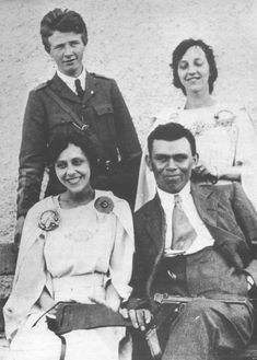 IRA commander Dan Breen, with his bride Brighid Malone, pictured on their wedding day, 12 June just a month before the truce that would bring an end to the Irish War of Independence Old Irish, Irish Celtic, Ireland 1916, Ireland Map, Cork City Ireland, Irish Independence, Scotland History, Erin Go Bragh, Michael Collins