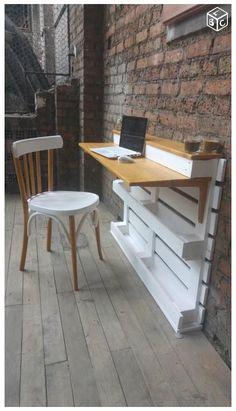 Pallet Desk, Pallet Furniture Office, Wooden Pallet Furniture, Wooden Pallets, Bar Furniture, Furniture Projects, Pallet Bar, Wooden Console, Modern Furniture