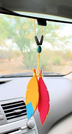 How to Make a Colorful Reusable Car Air Freshener! How to Make a Colorful Reusable Car Air Freshener!,Do Try This at Home Make a colorful geometric tribal car air freshener in just 10 minutes! Recycled Crafts, Diy Crafts, Felt Crafts, Car Air Freshener, Natural Air Freshener, Room Freshener, Diy Car, Hacks Diy, Diy Projects To Try