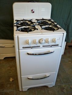 I Love Old Stoves Like This And Would Love To Have One In My New