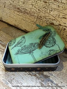 Vintage style tin for keepsakes by Pennybright Studios
