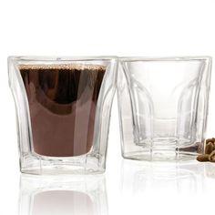 Verres pour café Espresso // Espresso Glasses - Jeu de 2, 100mL, en verre de borosilicate léger, résistant aux chocs. Garde le café plus chaud et plus longtemps que les verres standards. Empêche la condensation. Va au lave-vaisselle! // Set of 2, 3.4oz / 100mL, lightweight, shock resistant borosilicate glass. Keeps coffee hotter and longer than standard glasses, while the outside layer remains cool to the touch. Prevents condensation. Dishwasher safe ! #espresso #coffeelovers…