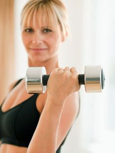 Overworking large muscles can cause sagging in the long run so be careful with those weights at the gym. #antiaging #beauty #fitness