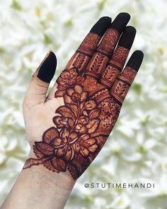 Pretty Henna Designs, Floral Henna Designs, Finger Henna Designs, Latest Bridal Mehndi Designs, Full Hand Mehndi Designs, Mehndi Designs For Girls, Mehndi Designs For Beginners, Wedding Mehndi Designs, Mehndi Designs For Fingers