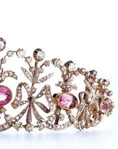 Detail shot of this diamond  and pink topaz Bowknot tiara created by Joseph Chaumet, circa 1890. Collection Chaumet Paris. #Tiara #PinkTopaz